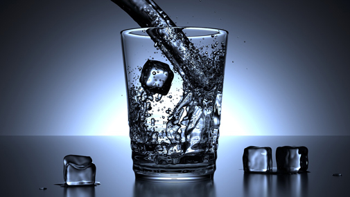 Glass of water, photo Colin Behrens via Pixabay